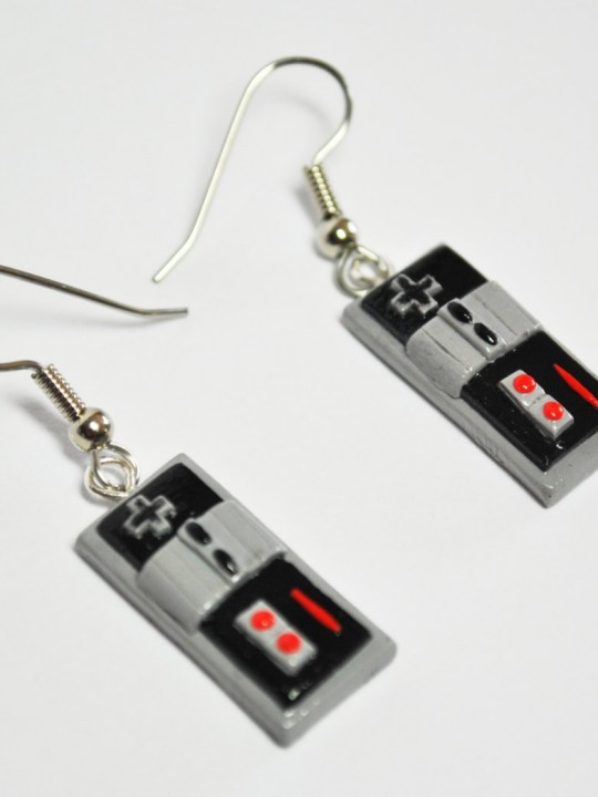 Vamers Store - Merchandise - Jewellery - Nintendo Inspired NES Controller Earrings 01