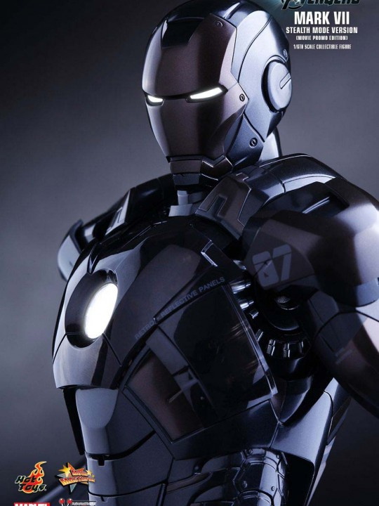 Vamers Store – Hot Toys – MMS282-MPE – Avengers Age of Ultron – Iron Man Mark VII – Stealth Mode Version – Movie Promo Edition 15