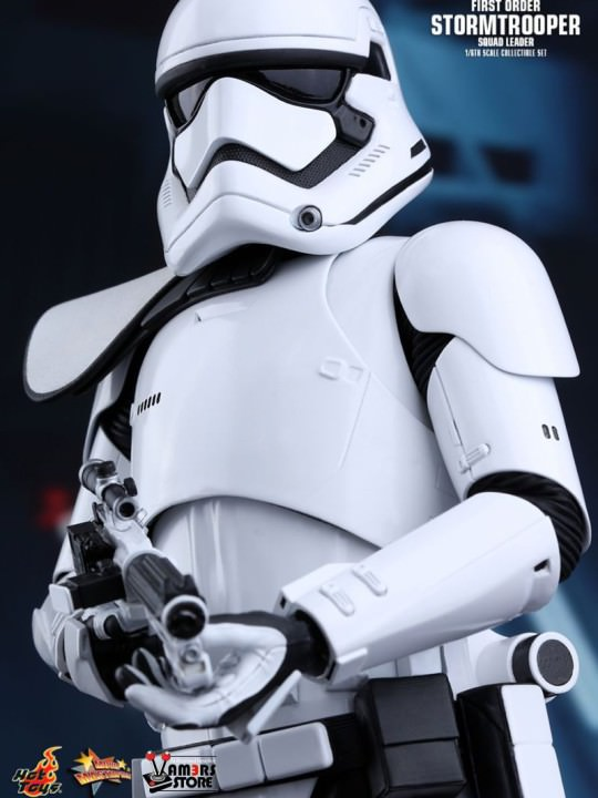 Vamers Store - Hot Toys - MMS316- Disney's Star Wars Episode VII The Force Awakens - First Order Stormtrooper Squad Leader (Exclusive Version) - 10