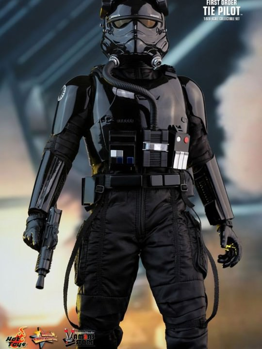 Vamers Store - Hot Toys - MMS324 - Disney's Star Wars Episode VII The Force Awakens - First Order Tie Fighter Pilot - 05