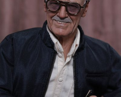 Hot Toys Stan Lee Collectible Figurine