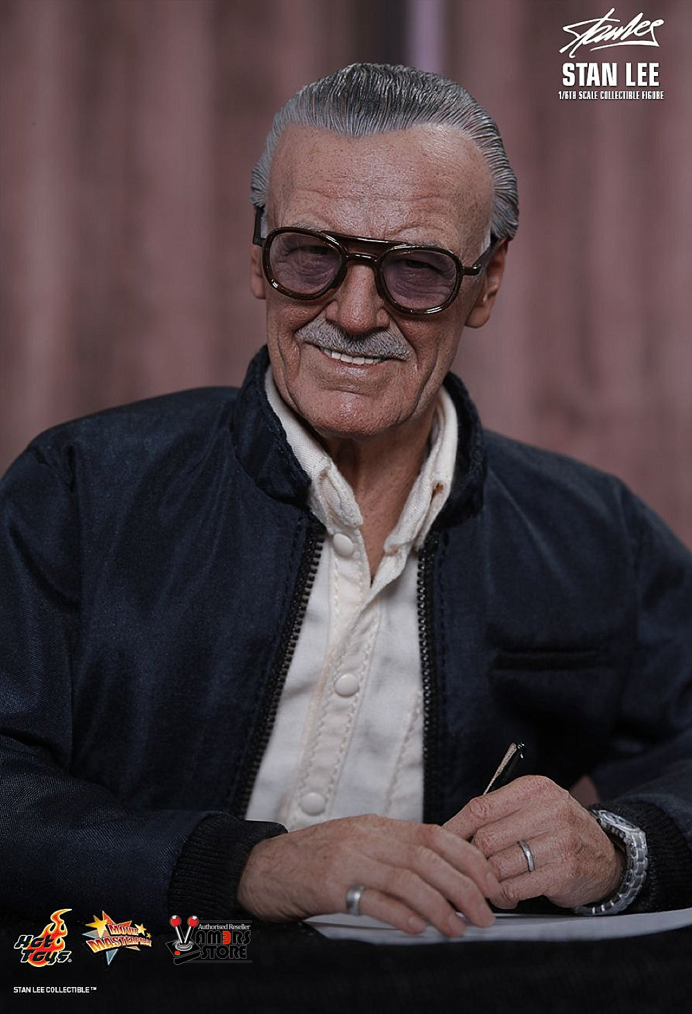 hot toys stan lee collectible figure