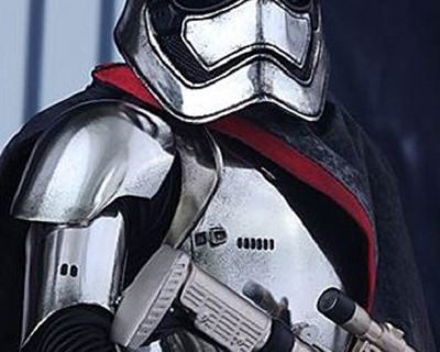 Hot Toys Captain Phasma from Star Wars: Episode VII The Force Awakens