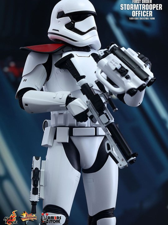 Vamers Store - Hot Toys - MMS335- Disney's Star Wars Episode VII The Force Awakens - First Order Stormtrooper Officer and Stormtrooper Collectible Set with Mouse Droid - 04