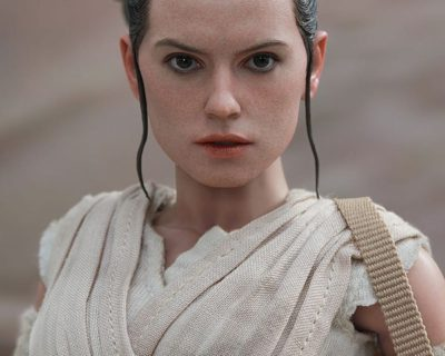 Hot Toys Rey and BB-8 [Collectible Set] from Star Wars: Episode VII The Force Awakens