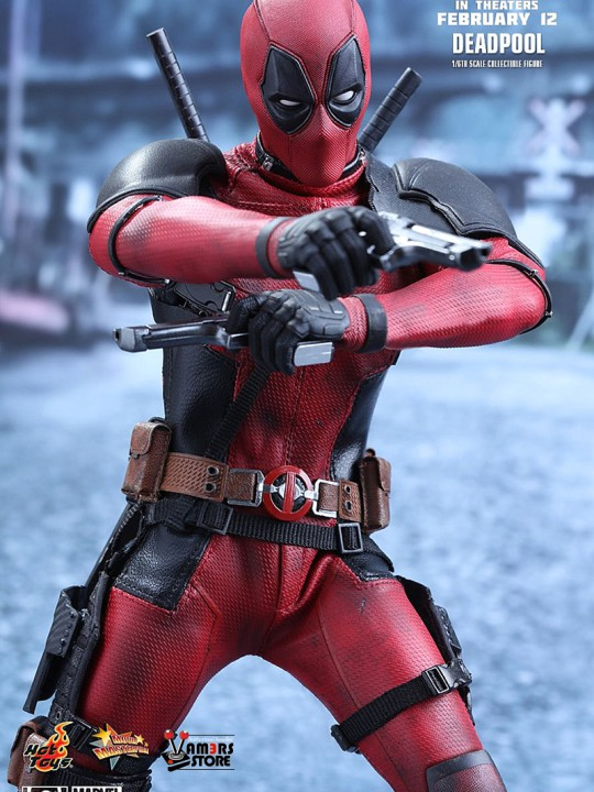 Vamers Store - Hot Toys - MMS347 - Marvel's Deadpool - 05