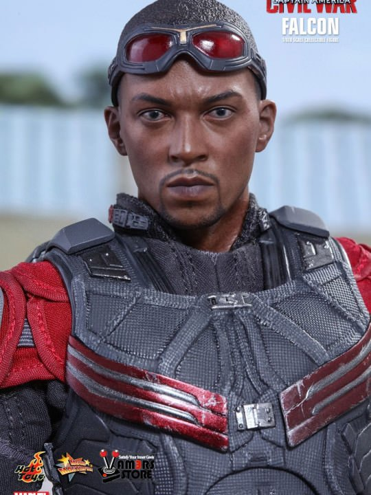 Vamers Store - Hot Toys - MMS361 - Marvel's Captain America Civil War - Falcon - 17