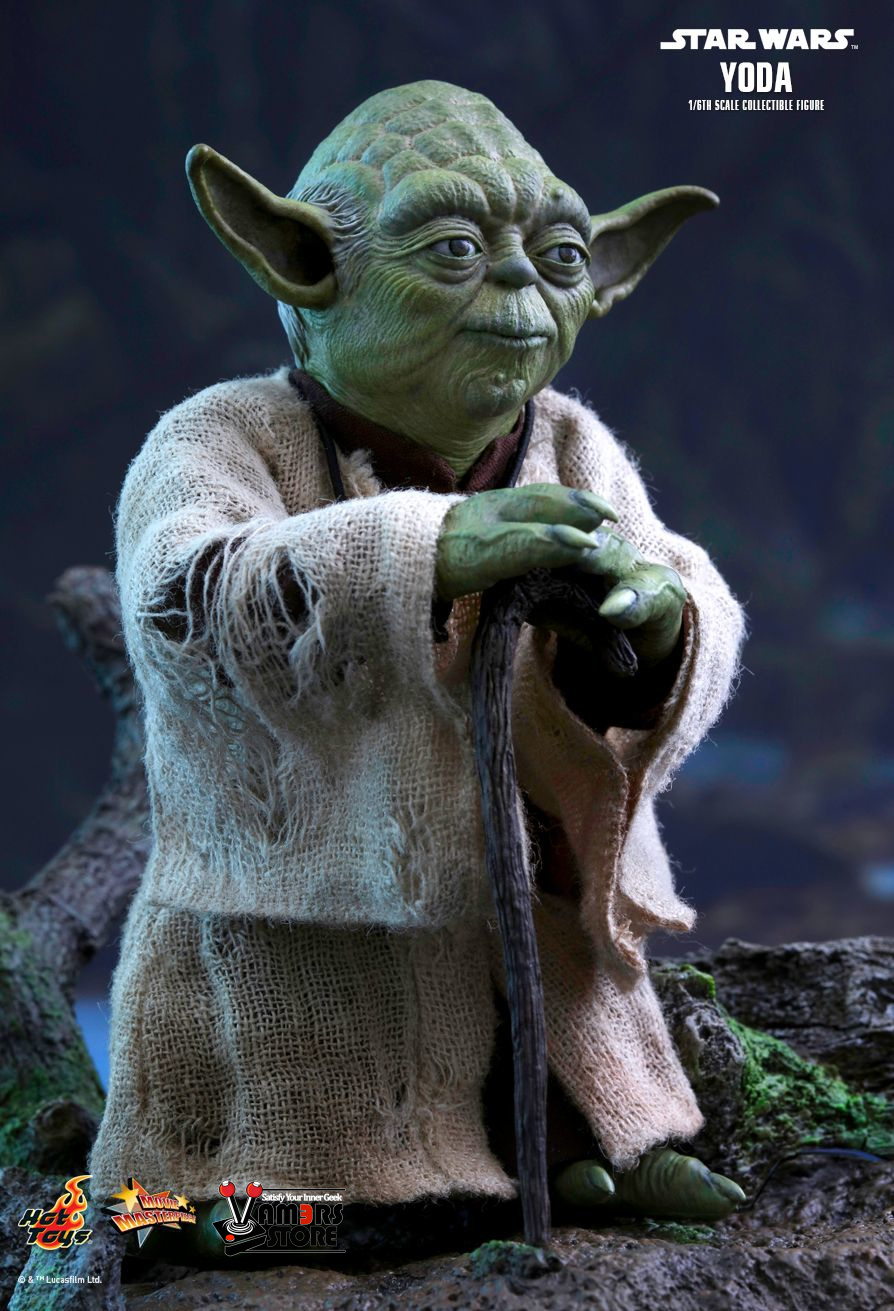 hot toys yoda sixth scale collectible figure vamers store. Black Bedroom Furniture Sets. Home Design Ideas