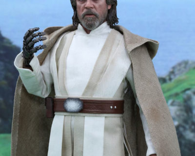 Hot Toys Luke Skywalker from Star Wars: Episode VII The Force Awakens