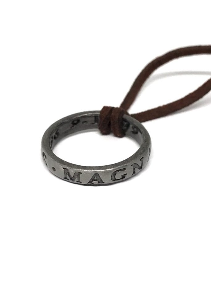 Vamers Store – Merchandise – Geek Chic – Accessories – Cufflinks – Sir Francis Drake Ring Necklace inspired by Uncharted – Main 01