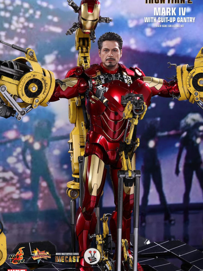 Vamers Store – Hot Toys – MMS462D22 – Iron Man 2 – Mark IV with suit-up gantry – 10