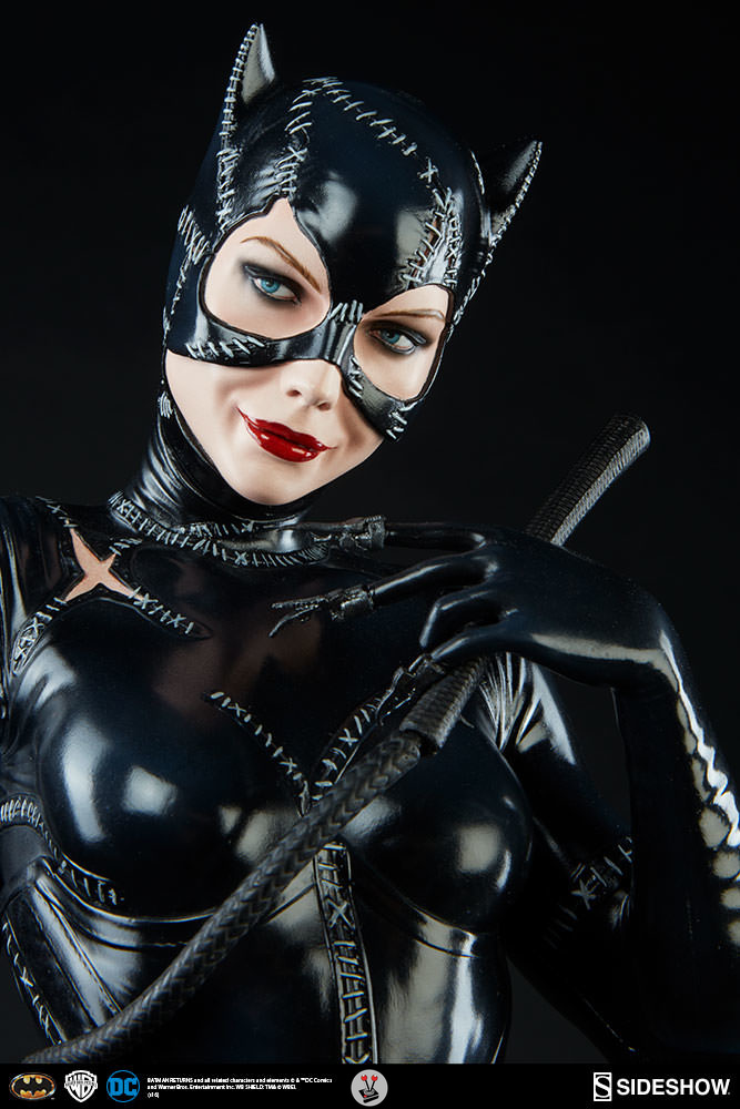 Catwoman Premium Format Figure By Sideshow Collectibles