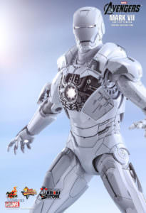 Hot Toys Iron Man Mark VII (Sub-Zero Version)