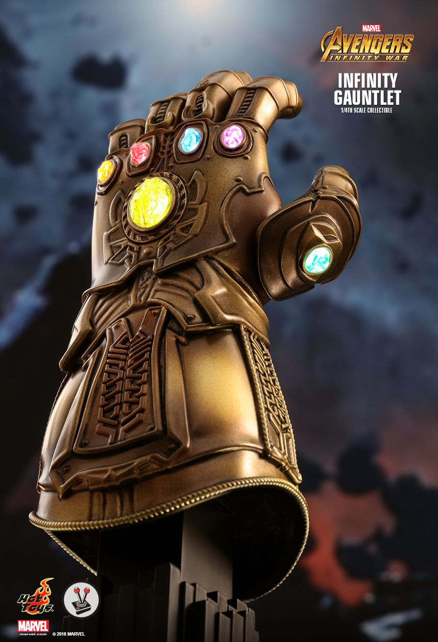 Hot Toys Infinity Gauntlet 1/4th Scale Collectible (ACS003)